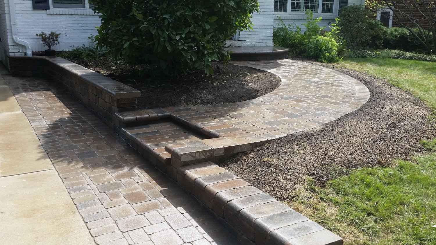 Lakeport-Longview TX Professional Landscapers & Outdoor Living Designs-We offer Landscape Design, Outdoor Patios & Pergolas, Outdoor Living Spaces, Stonescapes, Residential & Commercial Landscaping, Irrigation Installation & Repairs, Drainage Systems, Landscape Lighting, Outdoor Living Spaces, Tree Service, Lawn Service, and more.