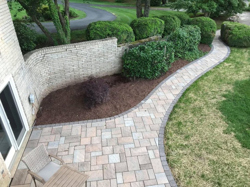 Stonescapes-Longview TX Professional Landscapers & Outdoor Living Designs-We offer Landscape Design, Outdoor Patios & Pergolas, Outdoor Living Spaces, Stonescapes, Residential & Commercial Landscaping, Irrigation Installation & Repairs, Drainage Systems, Landscape Lighting, Outdoor Living Spaces, Tree Service, Lawn Service, and more.